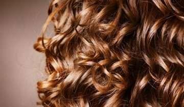 Curly Girl Method: come prendersi cura dei capelli ricci